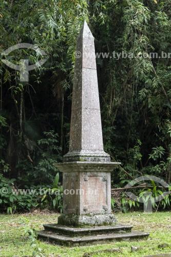 Obelisco em homenagem ao Visconde do Bom Retiro - Floresta da Tijuca - Rio de Janeiro - Rio de Janeiro (RJ) - Brasil