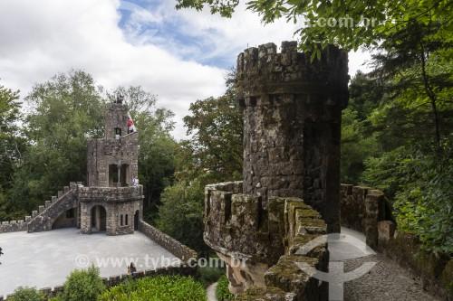 Torre do antigo castelo no jardim da Quinta da Regaleira - Concelho de Sintra - Distrito de Lisboa - Portugal