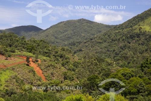 Erosão em morro no alto da Serra da Mantiqueira - São José dos Campos - São Paulo (SP) - Brasil
