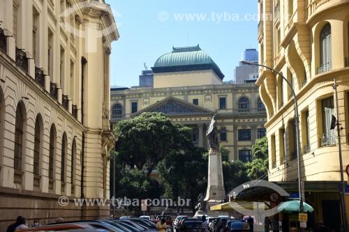 Vista da Cinelândia com a fachada da Biblioteca Nacional (1910) ao fundo - Rio de Janeiro - Rio de Janeiro (RJ) - Brasil