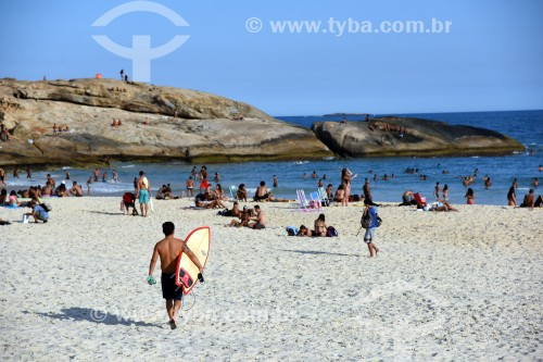 Banhistas na Praia do Arpoador - Rio de Janeiro - Rio de Janeiro (RJ) - Brasil