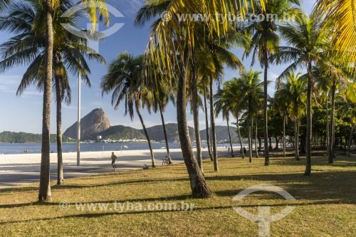 Praia do Flamengo com Pão de Açúcar ao fundo - Rio de Janeiro - Rio de Janeiro (RJ) - Brasil
