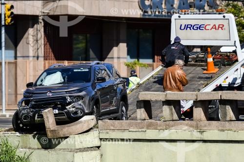 Acidente de trânsito na Avenida Ipiranga - Porto Alegre - Rio Grande do Sul (RS) - Brasil