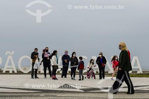 Turistas na orla de Capão da Canoa durante a crise do coronavírus - Capão da Canoa - Rio Grande do Sul (RS) - Brasil