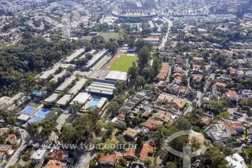 Foto feita com drone do Colégio Visconde de Porto Seguro com o Estádio Cícero Pompeu de Toledo (Morumbi) ao fundo - São Paulo - São Paulo (SP) - Brasil