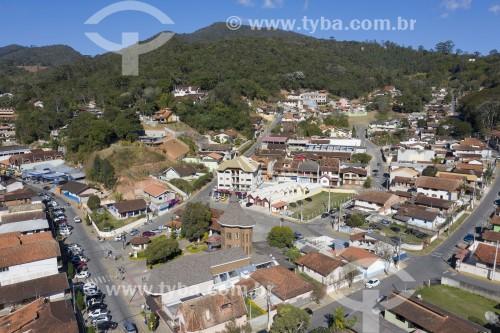 Foto feita com drone do centro da cidade - Santo Antônio do Pinhal - São Paulo (SP) - Brasil
