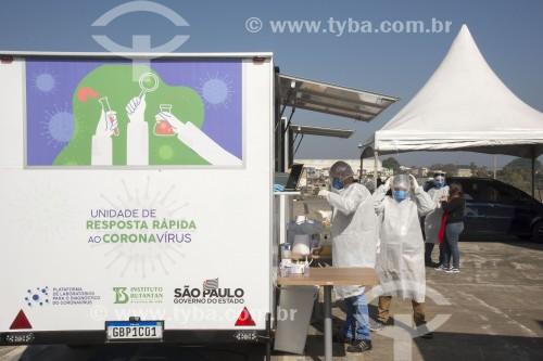 Teste RT-PCR para detectar vírus da Covid 19 - Sistema drive-thru - São Paulo - São Paulo (SP) - Brasil