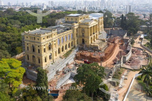 Foto feita com drone das obras de recuperação e reforma do Museu Paulista também conhecido como Museu do Ipiranga - São Paulo - São Paulo (SP) - Brasil
