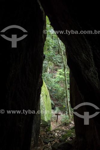Entrada da Gruta Perdida no Parque Nacional da Tijuca  - Rio de Janeiro - Rio de Janeiro (RJ) - Brasil