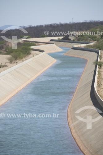 Canal do Projeto de Integração do Rio São Francisco com as bacias hidrográficas do Nordeste Setentrional - eixo norte - Salgueiro - Pernambuco (PE) - Brasil