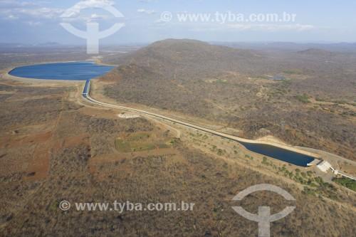 Foto feita com drone do forebay da EBI 2 - Estação de Bombeamento da Transposição do Rio São Francisco no fundo Reservatório Serra do Livramento - Cabrobó - Pernambuco (PE) - Brasil