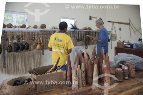 Posto de visitantes e venda de artesanato na entrada na Terra Indígena Truká - Cabrobó - Pernambuco (PE) - Brasil