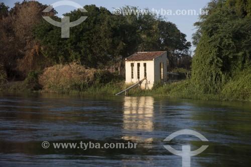 Bombas de captação de água no Rio São Francisco para irrigação - Cabrobó - Pernambuco (PE) - Brasil