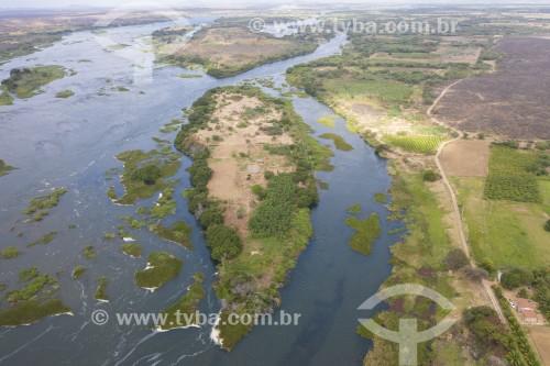 Foto feita com drone da Ilha da Onça no Arquipélago Assunção - conjunto de ilhas no Rio São Francisco - Território Indígena Truká - ilha sagrada para os indígenas - Cabrobó - Pernambuco (PE) - Brasil