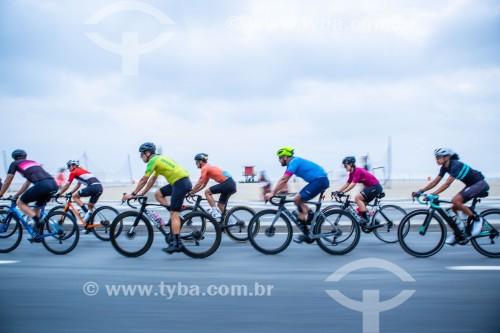 Ciclistas na Avenida Atlântica - Rio de Janeiro - Rio de Janeiro (RJ) - Brasil