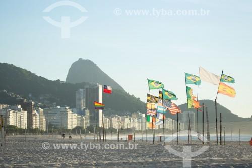 Bandeiras na Praia de Copacabana - Rio de Janeiro - Rio de Janeiro (RJ) - Brasil