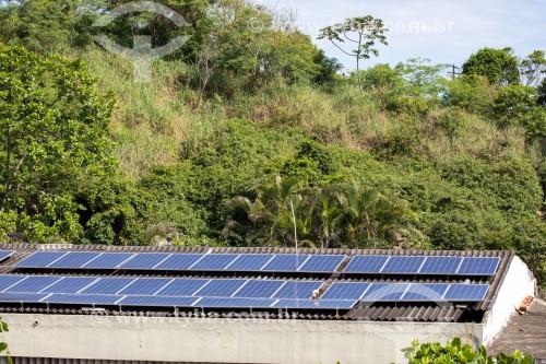 Placas de captação de energia solar no teto da Igreja da Ressurreição - Rio de Janeiro - Rio de Janeiro (RJ) - Brasil