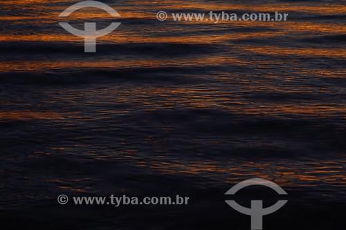 Por do sol na praia de Ipanema - Lago Guaíba - Porto Alegre - Rio Grande do Sul (RS) - Brasil