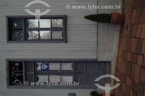 Detalhe de janela e porta  de casa - Colonização italiana - Antônio Prado - Rio Grande do Sul (RS) - Brasil