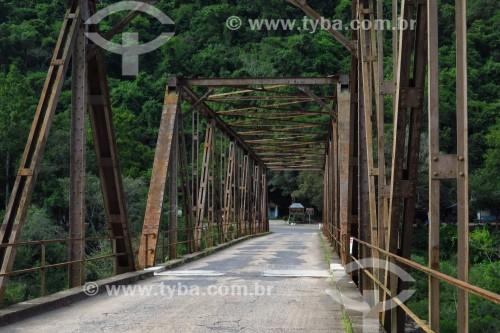 Ponte de ferro sobre o Rio das Antas - Nova Roma do Sul - Rio Grande do Sul (RS) - Brasil