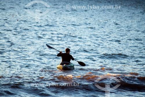 Caiaque no posto 6 da Praia de Copacabana  - Rio de Janeiro - Rio de Janeiro (RJ) - Brasil