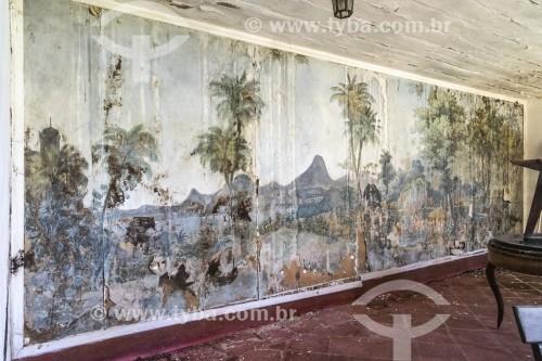 Pintura deteriorada com ilustração do parque em parede do restaurante A Floresta - Parque Nacional da Tijuca  - Rio de Janeiro - Rio de Janeiro (RJ) - Brasil