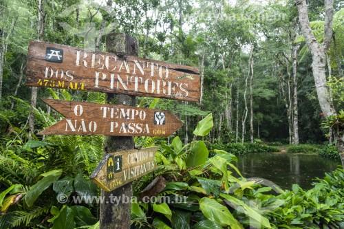 Placa de sinalização no Recanto dos Pintores - Parque Nacional da Tijuca - Rio de Janeiro - Rio de Janeiro (RJ) - Brasil