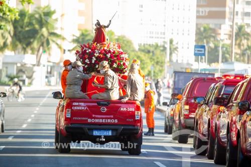 Carreata do Corpo de Bombeiros Militares do Rio de Janeiro em homenagem Á São Jorge - Av. Atlântica -  Posto 6 - - Rio de Janeiro - Rio de Janeiro (RJ) - Brasil