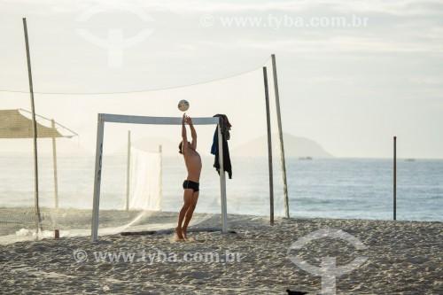 Futebol de areia na Praia de Copacabana - Rio de Janeiro - Rio de Janeiro (RJ) - Brasil