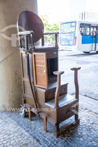 Cadeira de engraxate de sapatos - Rio de Janeiro - Rio de Janeiro (RJ) - Brasil