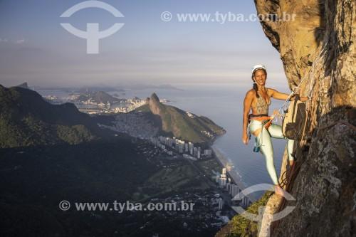 Alpinista durante a escalada na Pedra da Gávea - Rio de Janeiro - Rio de Janeiro (RJ) - Brasil