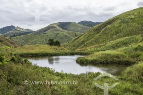 Pequeno lago em área rural - Vassouras - Rio de Janeiro (RJ) - Brasil