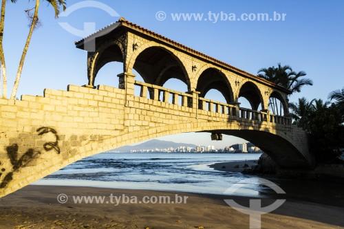 Ponte dos Suspiros, na Praia Central - Itapema - Santa Catarina (SC) - Brasil