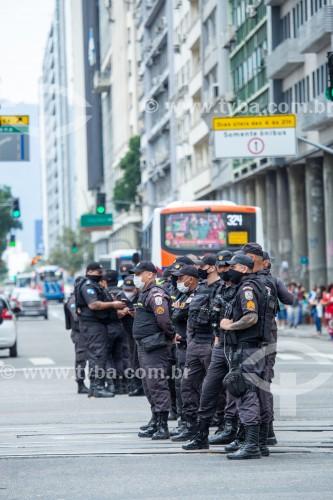 Policiais Militares durante manifestação em oposição ao governo do presidente Jair Messias Bolsonaro - Rio de Janeiro - Rio de Janeiro (RJ) - Brasil