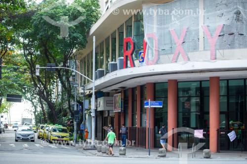 Fachada do Cinema Roxy - Esquina da Rua Bolívar com a Rua Nossa Senhora de Copacabana - Rio de Janeiro - Rio de Janeiro (RJ) - Brasil