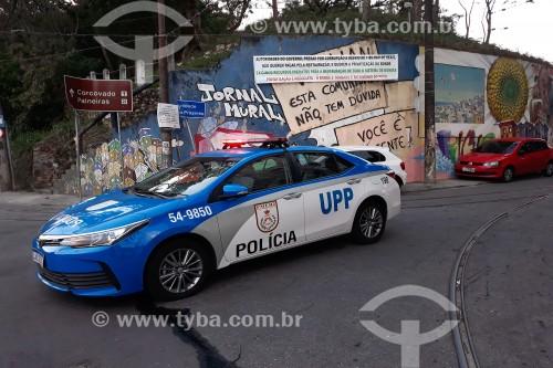 Viatura da Polícia Miltar, setor UPP, na entrada do Morro dos Prazeres - Rio de Janeiro - Rio de Janeiro (RJ) - Brasil