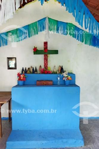 Altar para orações no Morro do Cruzeiro - Trilha para o Cruzeiro sai da vila de Visconde de Mauá - Bocaina de Minas - Minas Gerais (MG) - Brasil