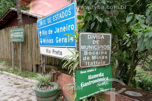 Ponte sobre o Rio Preto - Divisa entre os estados do Rio de Janeiro e Minas Gerais - Bocaina de Minas - Minas Gerais (MG) - Brasil
