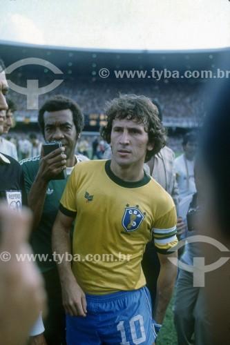 Zico - Jogador de futebol - Seleção Brasileira jogando no Maracanã - Anos 80 - Rio de Janeiro - Rio de Janeiro (RJ) - Brasil