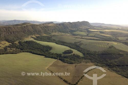 Foto feita com drone de Plantação de milho e trigo entre os municípios de Carrancas e Itutinga - Local de transição entre o Cerrado e a Mata Atlântica - Carrancas - Minas Gerais (MG) - Brasil