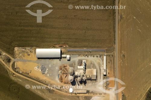 Foto feita com drone de Silo de Grãos entre os municípios de Carrancas e Itutinga - Cerrado mineiro - Carrancas - Minas Gerais (MG) - Brasil