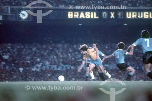Partida de Futebol - Brasil x Uruguai - Anos 80 - Rio de Janeiro - Rio de Janeiro (RJ) - Brasil