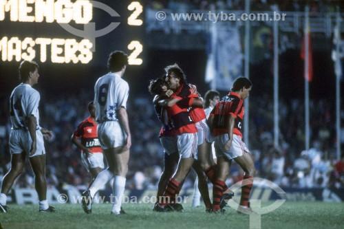 Zico e jogadores comemorando gol - Jogo de despedida de Zico - Rio de Janeiro - Rio de Janeiro (RJ) - Brasil