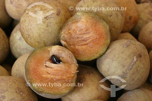 Sapotilha - fruta - Mercado Ver-o-peso - Belém - Pará - Brasil  - Belém - Pará - Brasil