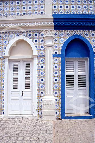Arquitetura - azulejos Portugueses - Aracati - CE - Brasil / Data: 2008   O conjunto arquitetônico e paisagístico da cidade é Patrimônio Histórico Nacional desde 31-10-2001.