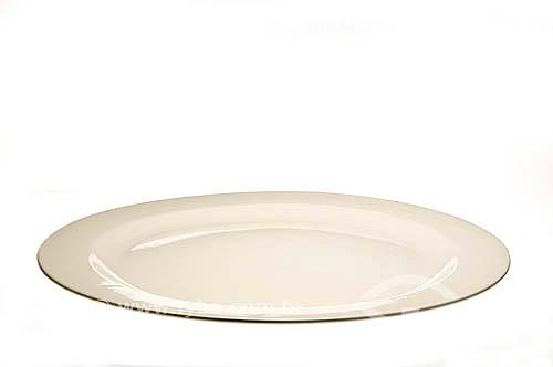 Utensílio de mesa - Prato de porcelana - Objeto