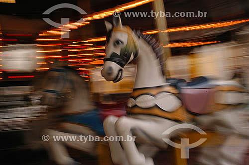 Cavalo em carrossel de parque de diversões na Penha - Rio de Janeiro - RJ - Brasil - 2002  - Rio de Janeiro - Rio de Janeiro - Brasil