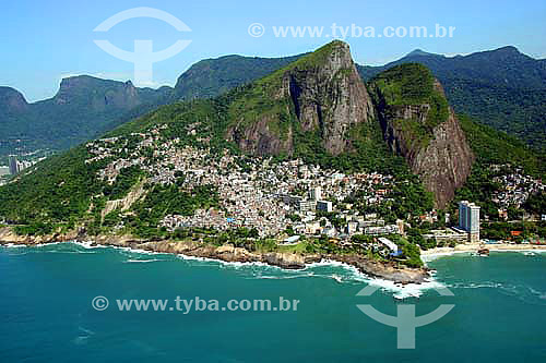 Vista aérea do Morro do Vidigal, do Hotel Sheraton e do Morro Dois Irmãos - Rio de Janeiro - RJ - Brasil - Novembro de 2006  - Rio de Janeiro - Rio de Janeiro - Brasil