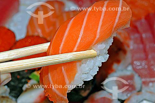 Culinária - sushi salmão  - Brasil