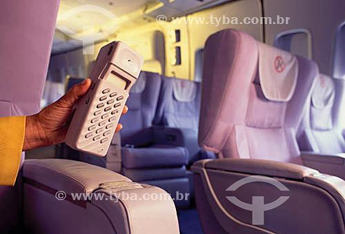 Telecomunicação - telefonia a bordo de avião  - visão interna com poltronas